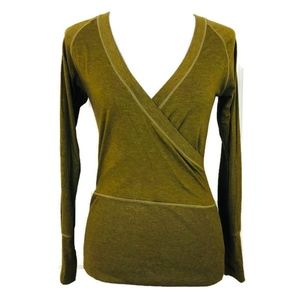 Lucy Activewear Women's Green V-neck Long Sleeve